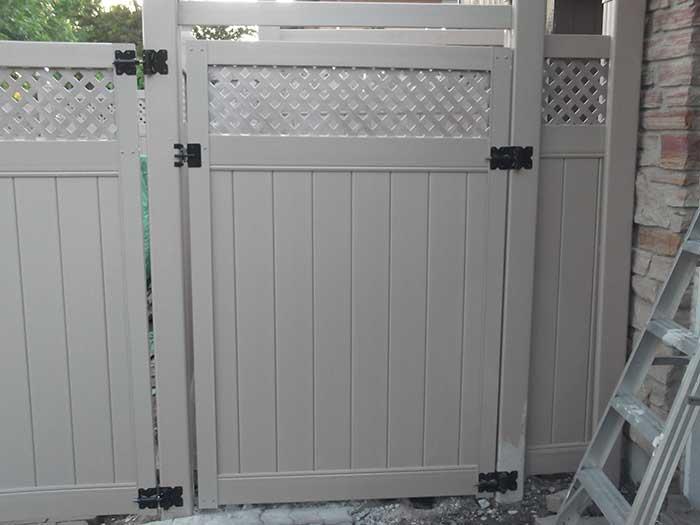 Vinyl Fence Boards Installation Service Toronto Vinyl