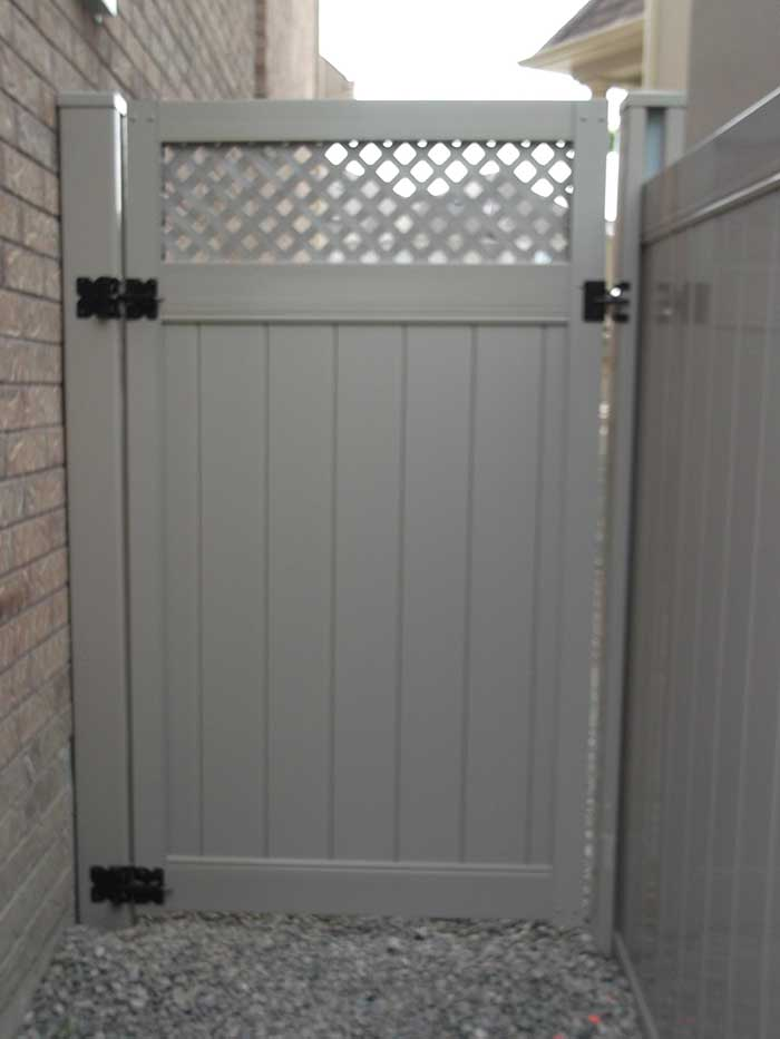 PVC Vinyl Fence Full-Privacy-Vinyl-Fencing-Gate-with-latice-Installation-in-Burlington-Ontario-by-vinyl-fencing-installation-services-by-vinyl-fence-toronto