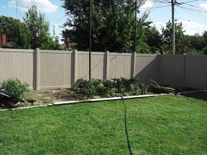 Vinyl Fence Burlington Full-Privacy-Vinyl-Fencing-services-by-vinyl-fence-toronto