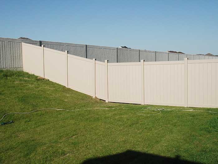 Vinyl Fence Etobicoke privacy-vinyl-fencing-by-vinyl-fence-toronto