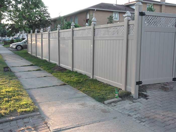 Vinyl Fence Oakville Full Privacy