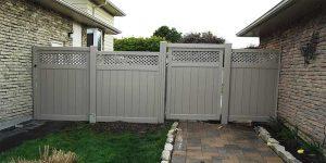 Vinyl Fence Oakville -installation-services-vinyl-gate-oakville