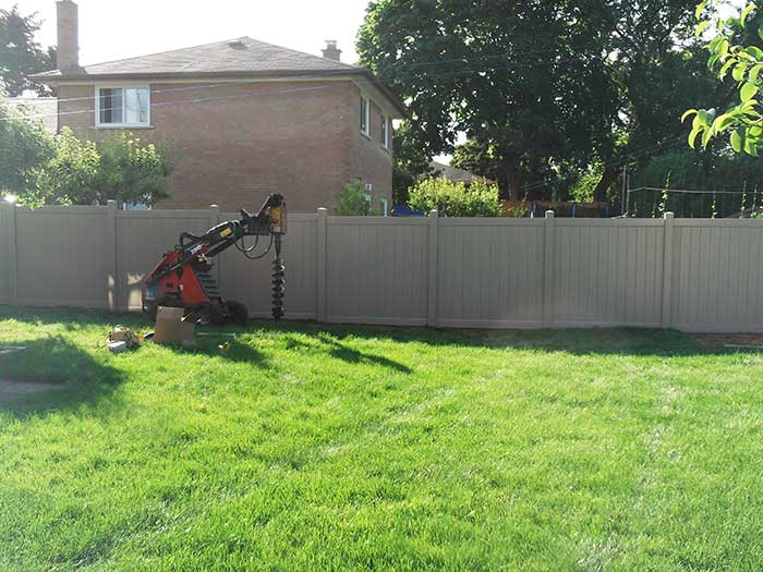 Vinyl Fence Uxbridge