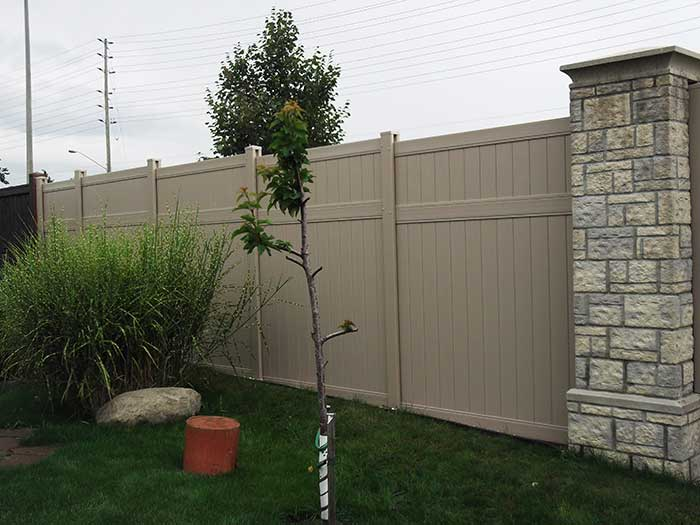 Vinyl Fence Uxbridge full-privacy-vinyl-fencing-services-by-vinyl-fence-toronto